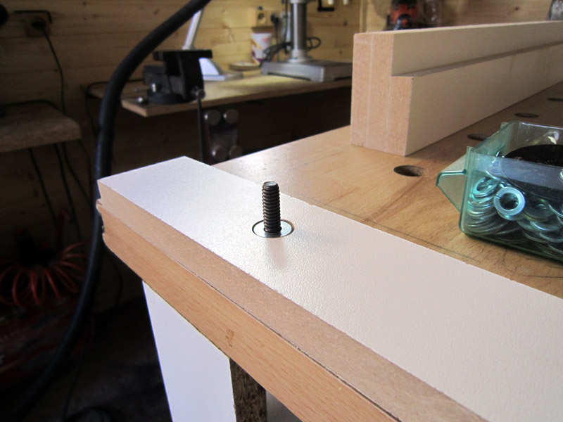 [En cours de réalisation] Défonceuse sous table de DeD. - Page 3 Table_def_215